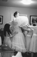 bride and bridesmaids-0384-2